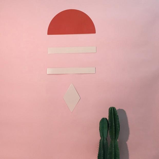 Designers criam peças versáteis que viram móveis, brinquedos e enfeites  (Foto: Reprodução)