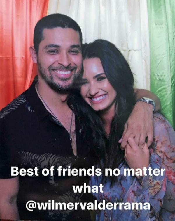 A cantora Demi Lovato com seu ex, o ator Wilmer Valderrama (Foto: Instagram)