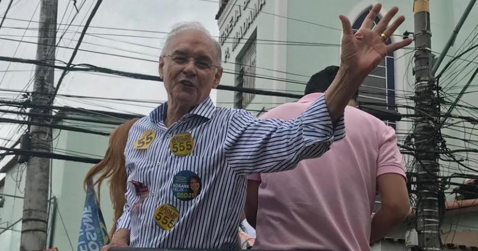 Deputado Arolde de Oliveira durante campanha no Rio de Janeiro — Foto: Reprodução/Facebook oficial