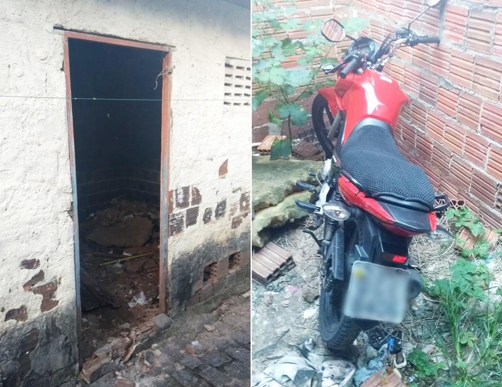 Em buscas realizadas na terça (25), policiais encontraram uma moto com queixa de roubo dentro de uma casa abandonada (Foto: Divulgação/PM)