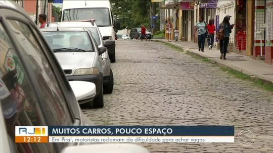 Motoristas reclamam de dificuldade para achar vagas em Piraí