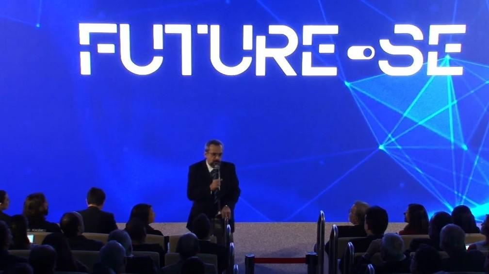 Ministro da Educação, Abraham Weintraub, apresenta o programa 'Future-se'. — Foto: Reprodução/Facebook/Ministério da Educação - MEC