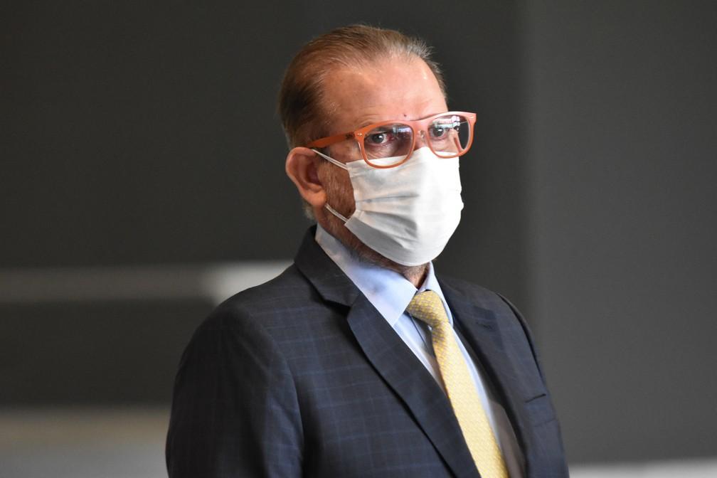 Federação tenta convencer Doria a derrubar suspensão do Paulista em reunião nesta segunda-feira