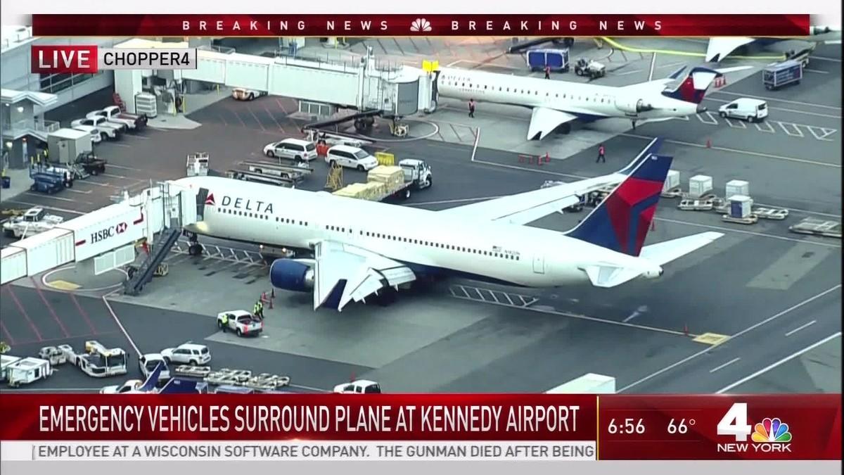Aeroporto York : Bombeiros são acionados em aeroporto de nova york após relato de