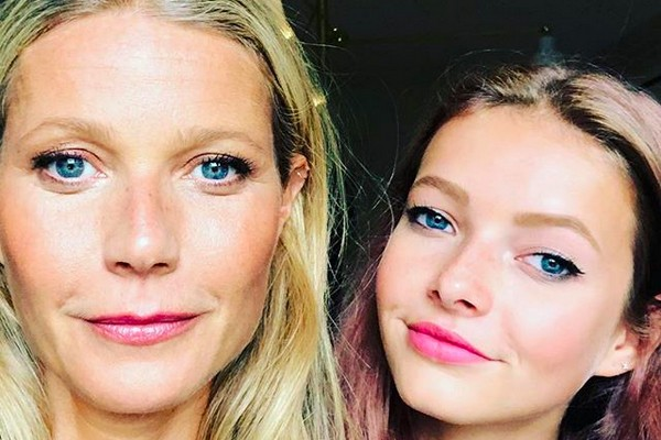 Gwyneth Paltrow ao lado da filha Apple (Foto: Instagram)