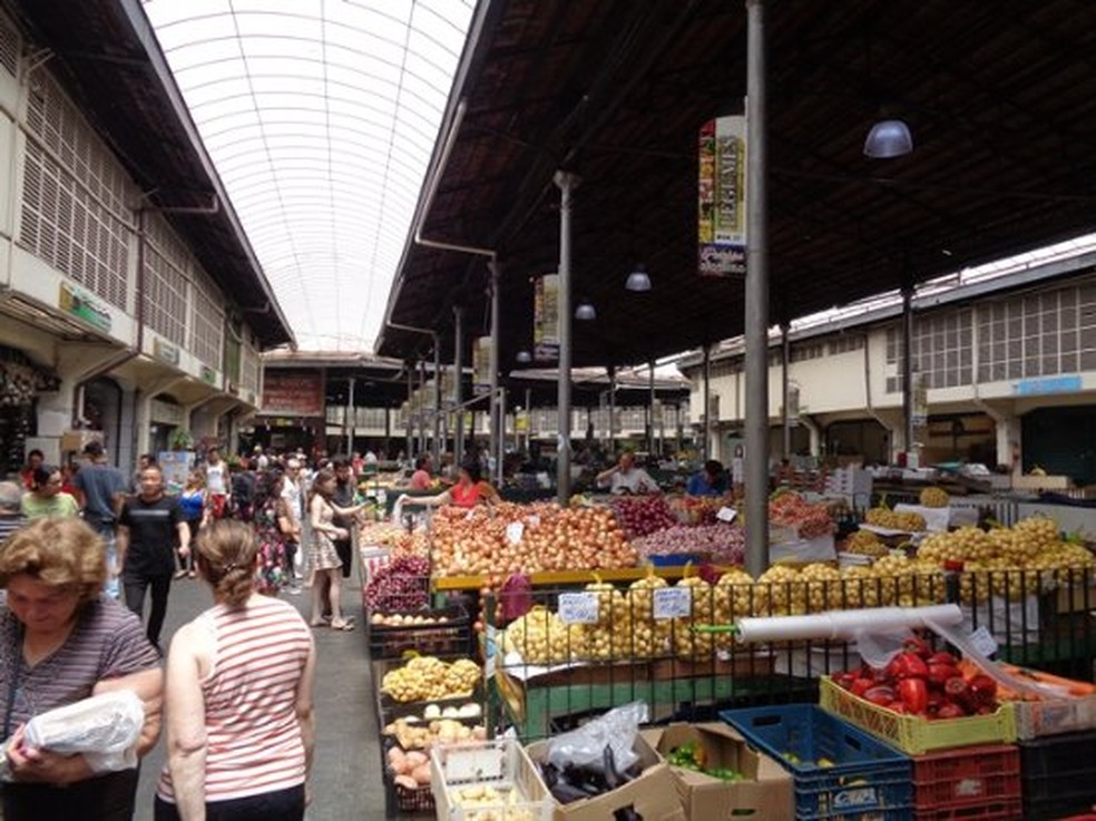 Área interna do Mercado Municipal Kinjo Yamato, no Centro de SP, inaugurado em 1936.— Foto: Divulgação/PMSP