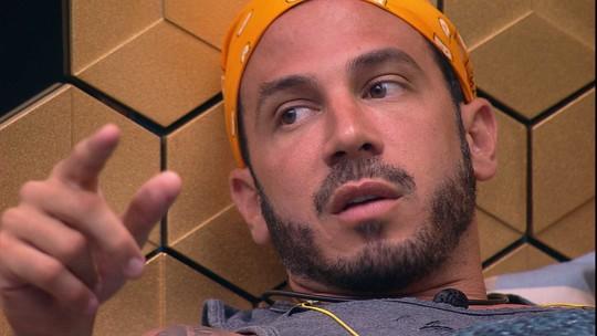 Gustavo diz que precisam concentrar o ataque e Diego revela voto