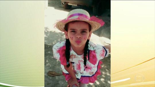Mãe e avô de menina morta após cair em gasolina no RJ estão envolvidos em furto de combustível, diz polícia