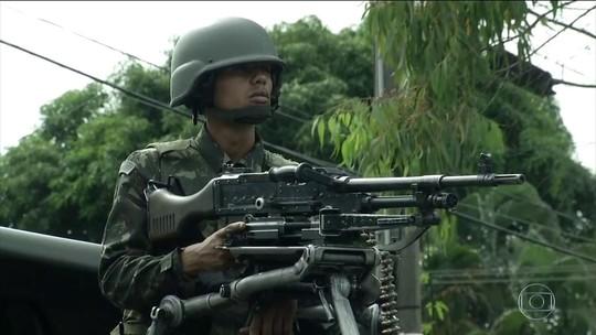 Operação prende 11 no Rio após ameaça a militares da Marinha