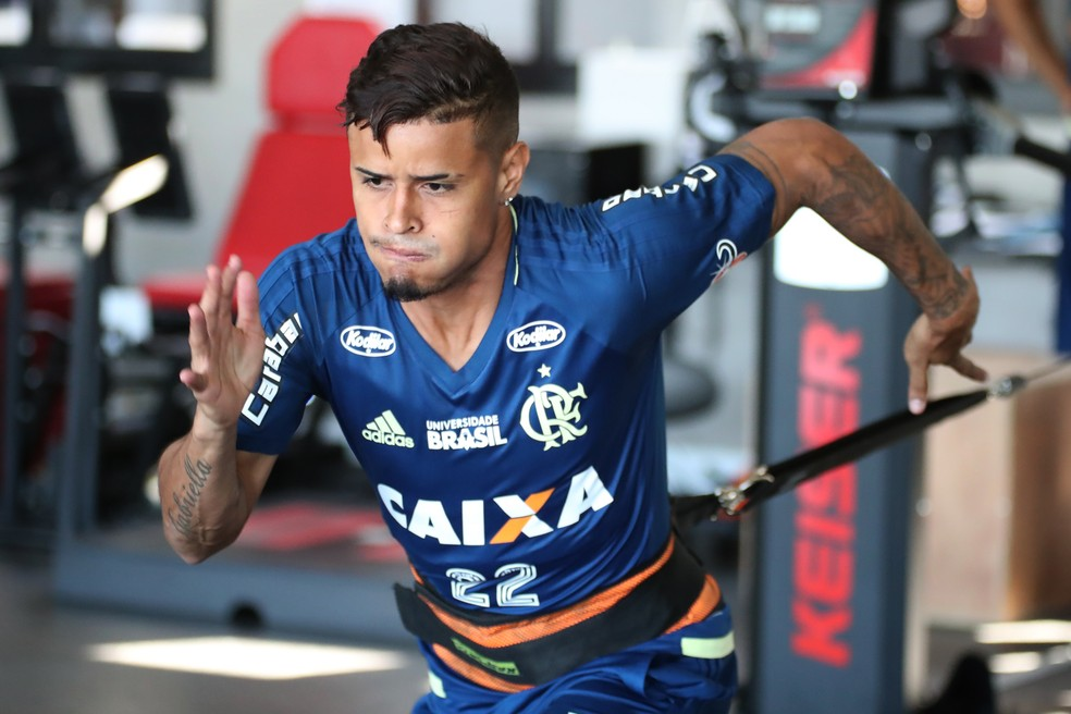 Everton durante treino do Flamengo (Foto: Gilvan de Souza/ Flamengo )