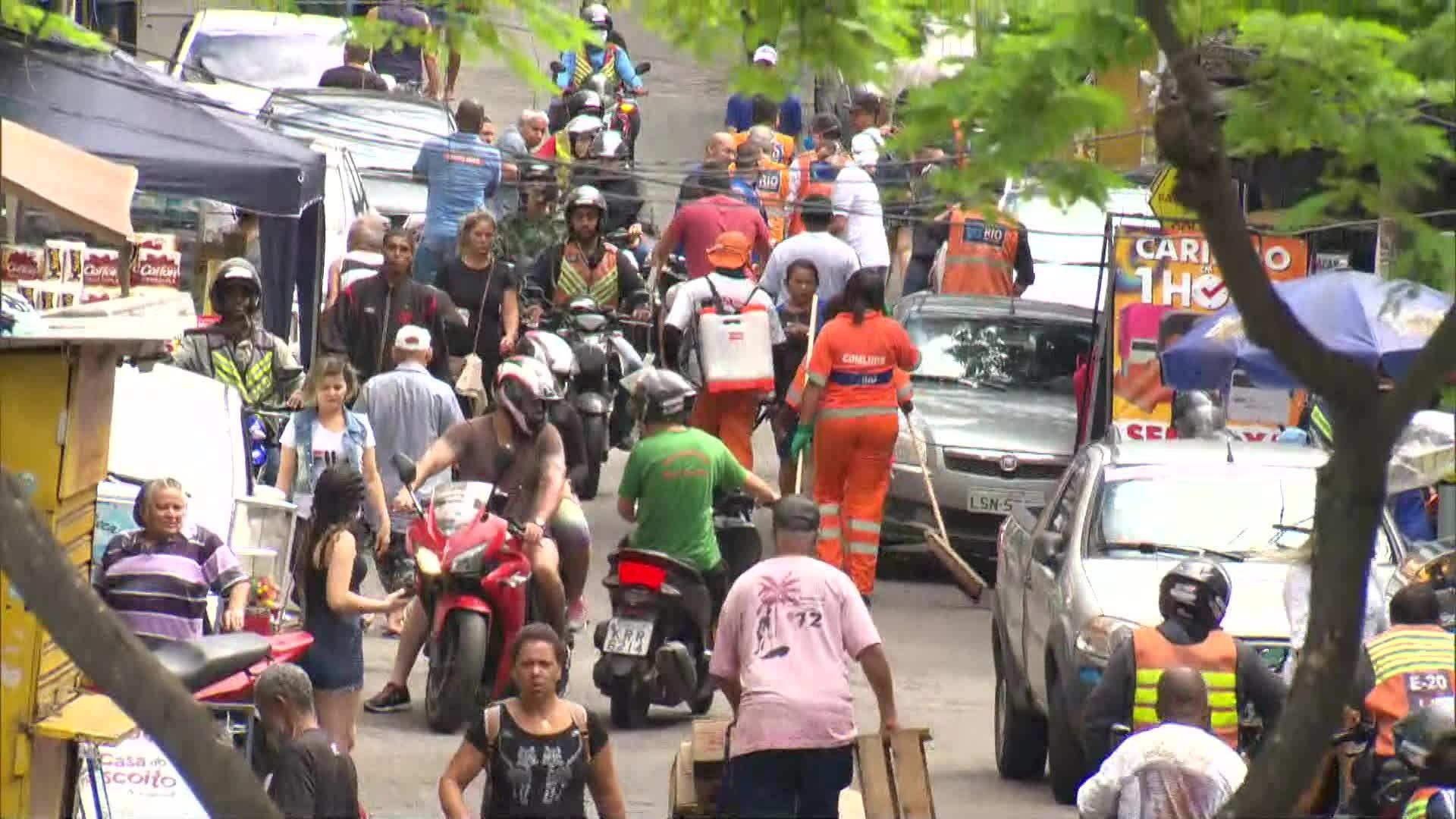Moradores da Rocinha relatam aumento de circulação de pessoas mesmo com mortes por Covid-19