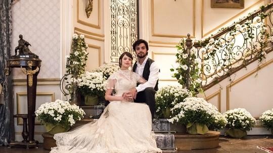 Ema e Ernesto se casam e deixam os convidados emocionados