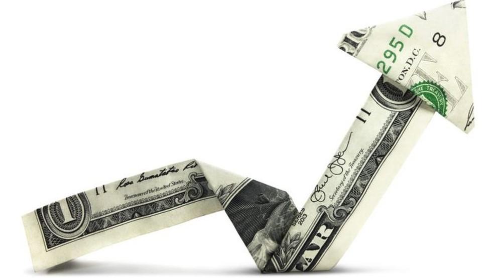 Segundo economistas, risco fiscal no Brasil teve impacto negativo na taxa de câmbio — Foto: Getty Images via BBC