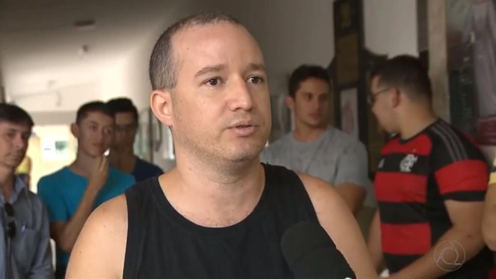 Policial militar e estudante de direito da UEPB, Marlon Freire contou que não é a primeira vez que a professora age de tal maneira (Foto: Reprodução/TV Cabo Branco)