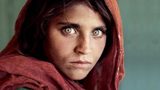 Coleção vira Museu da Fotografia no Ceará; 'menina afegã' está no acervo
