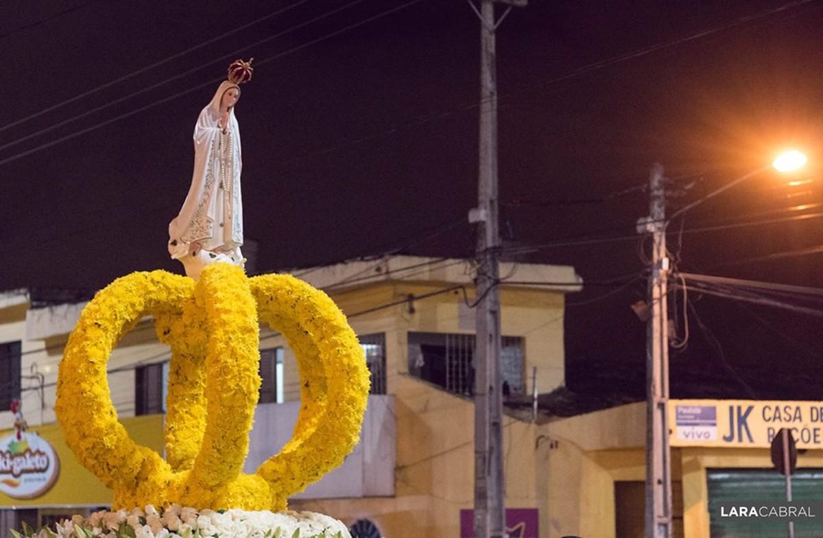 Festa de Nossa Senhora de Fátima é realizada em Caruaru