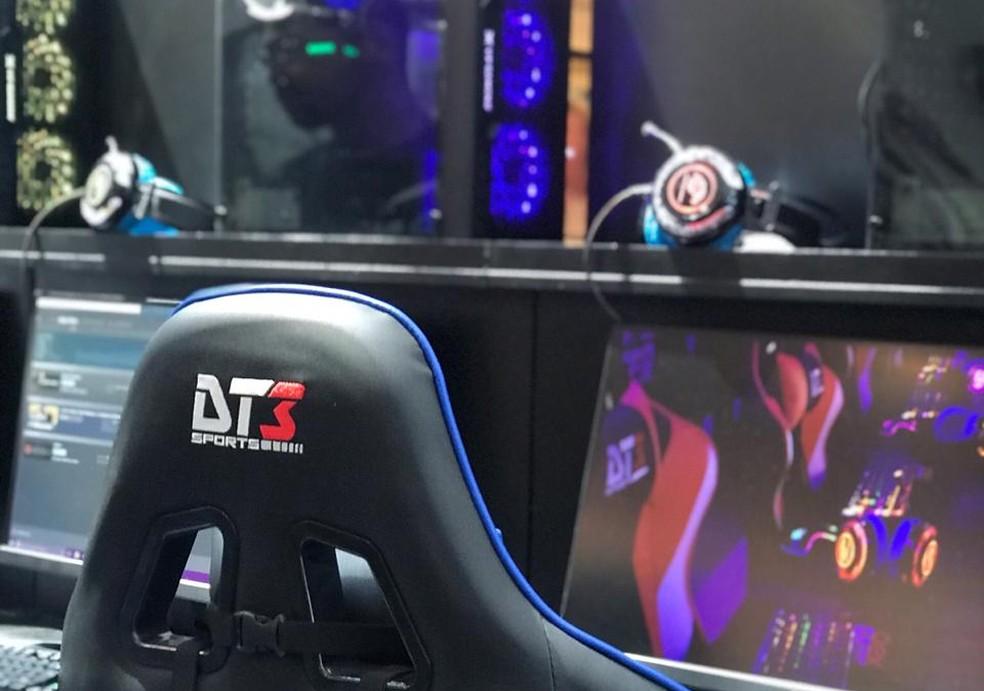 Cadeira de eSports do evento Dragon District Games Season, em Brasília — Foto: Lillyan Marra/Divulgação