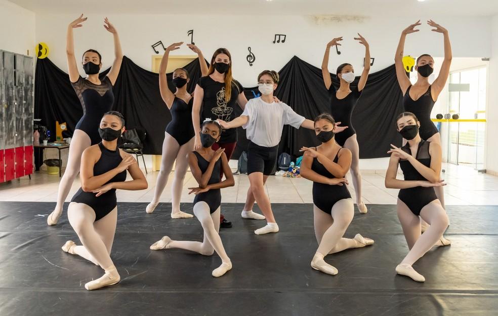 Aulas de ballet são oferecidas gratuitamente em Porto Real — Foto: Divulgação/Prefeitura de Porto Real