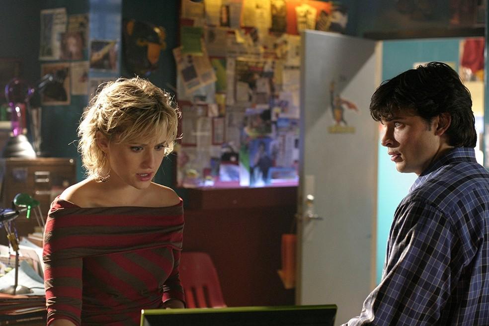 Allison Mack e Tom Welling em cena de 'Smallville' — Foto: Divulgação