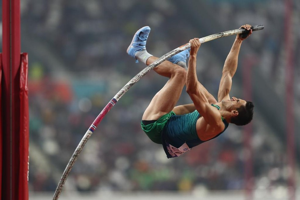 Augusto Dutra na final do salto com vara do Mundial de Doha — Foto: Wagner do Carmo/CBAt