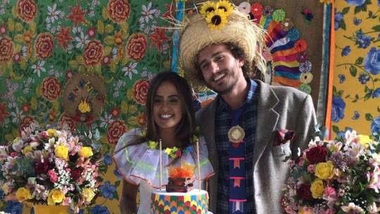 Alan, do BBB19, 'se casa' com Carol Peixinho, mas avisa: 'Amizade'