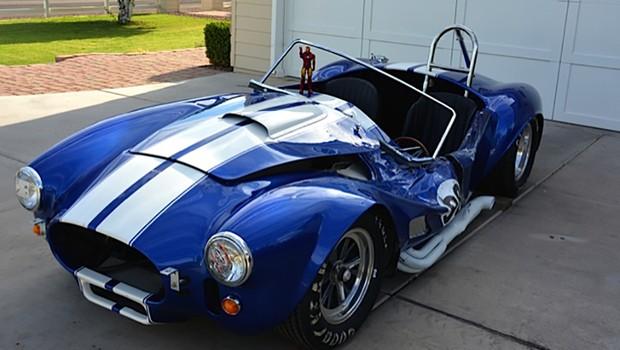 Voc 234 Compraria Um Shelby Cobra Batido Pelo Homem De Ferro