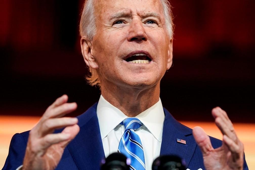 Joe Biden discursa em 25 de novembro como presidente eleito em declaração dada antes do Dia de Ação de Graças — Foto: Joshua Roberts/Reuters