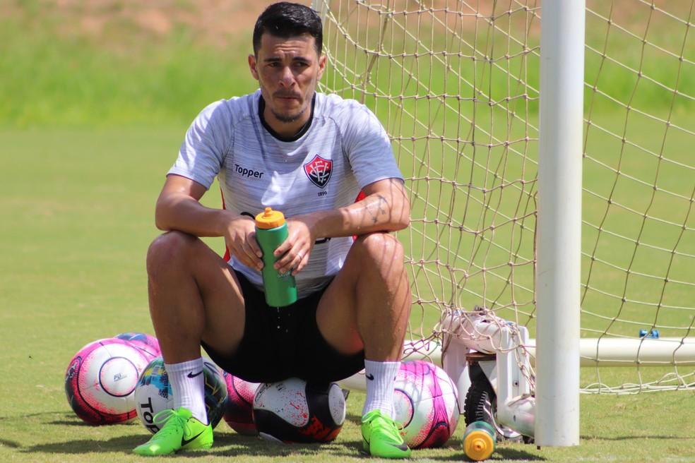 ed7e5ba5f6 ... Jonatas Belusso tem contrato com o Vitória até o fim de 2019 — Foto   Maurícia