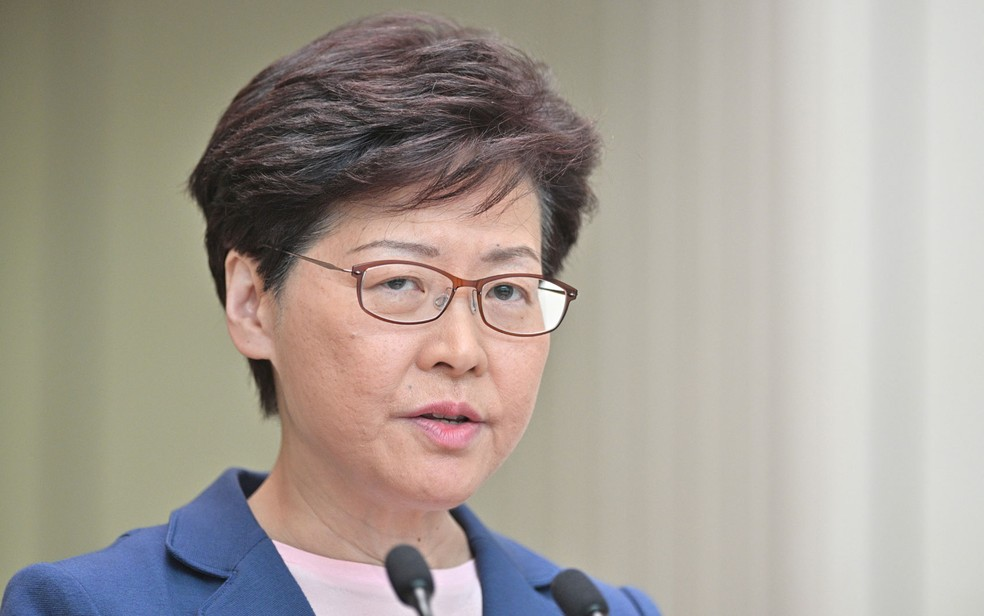 A chefe de governo de Hong Kong, Carrie Lam — Foto: Anthony Wallace / AFP Photo