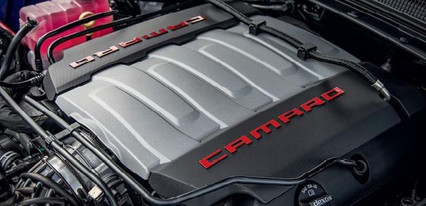Chevrolet Camaro - Motor 6.2 V8 de 461 cv trabalha em par com caixa automática de dez marchas (Foto: Divulgação)