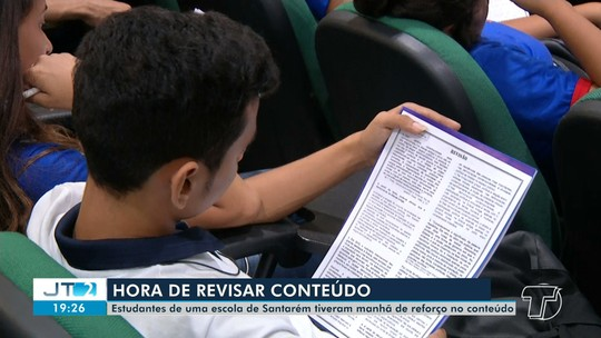 Estudantes têm manhã de reforço no conteúdo da prova do Enem em Santarém