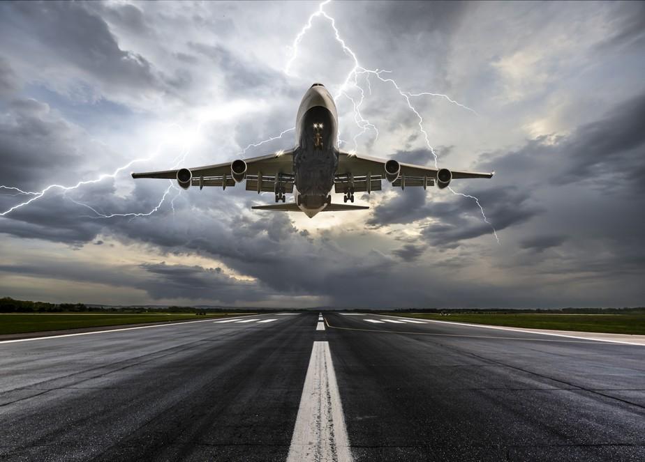 Entidade de defesa do consumidor critica aéreas por demora nos reembolsos