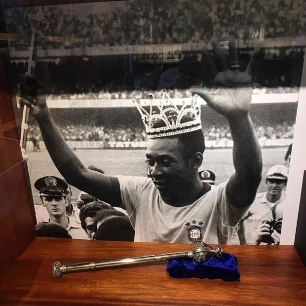 Um museu em Santos é totalmente dedicado ao rei do futebol Pelé (Foto: Aline Rovigatti)