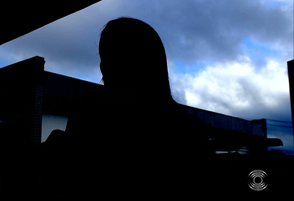 Mulher relata estupro após assalto, em Campina Grande; 'falava que ia me matar' — Foto: Reprodução/TV Paraíba