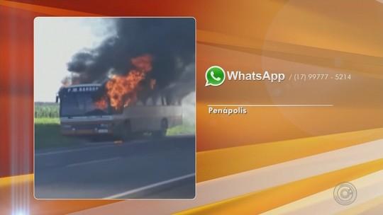 Ônibus com trabalhadores de Barbosa pega fogo em rodovia