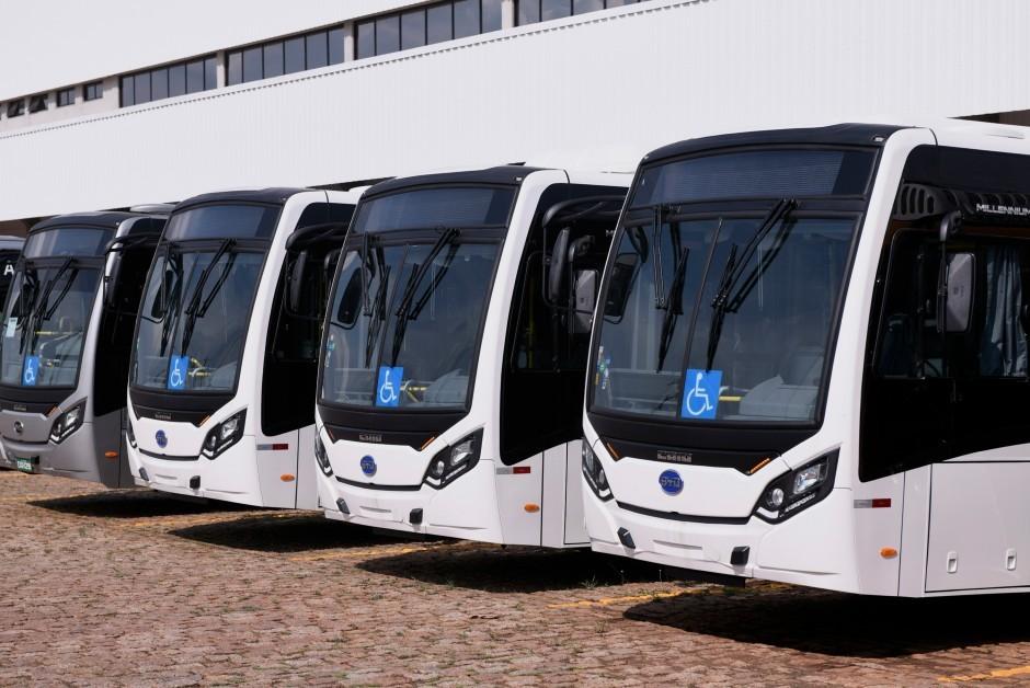 Ônibus elétricos fabricados pela BYD (Foto: Divulgação/BYD)