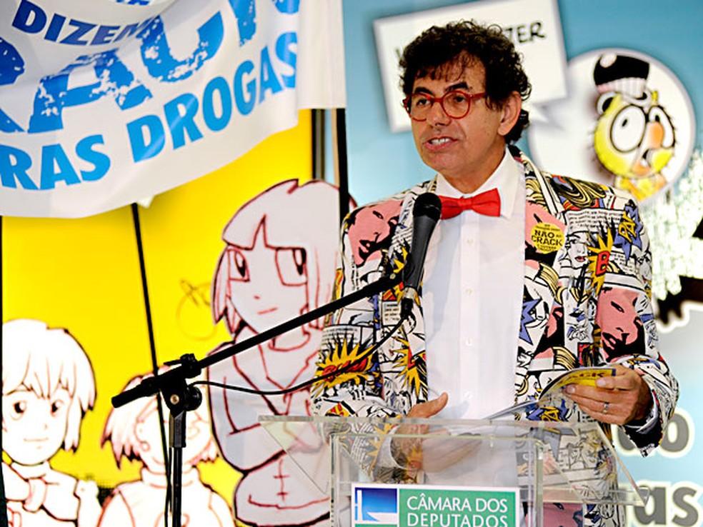 O artista gráfico Daniel Azulay — Foto: Lucio Bernardo Jr./Câmara dos Deputados