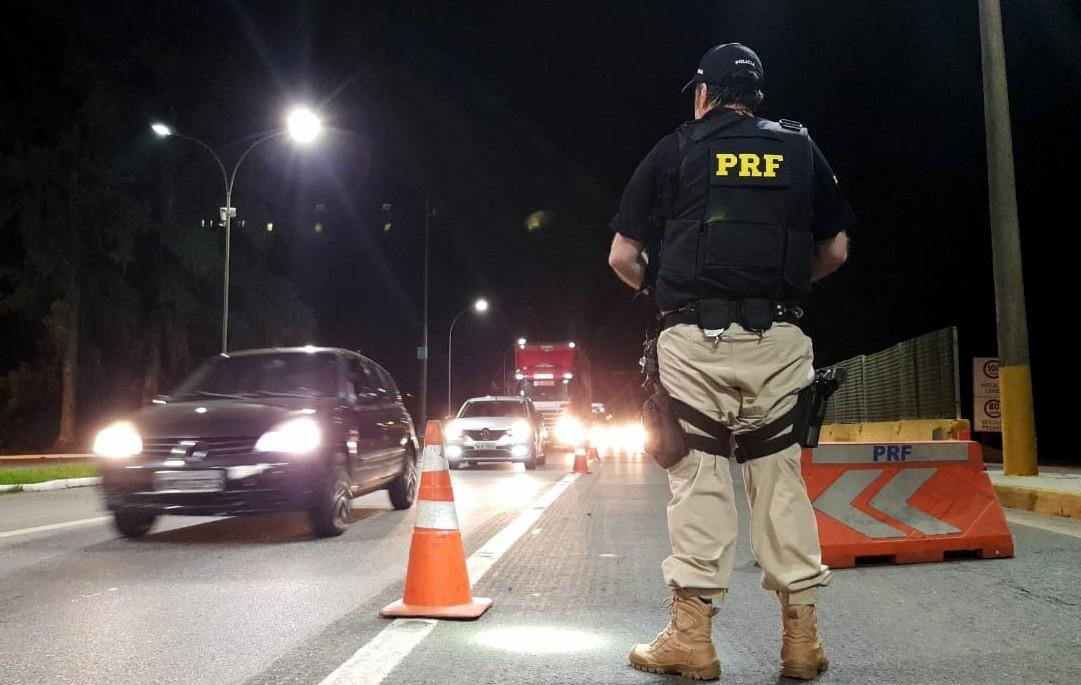 Em seis horas, 74 motoristas bêbados são flagrados em rodovias federais em SC