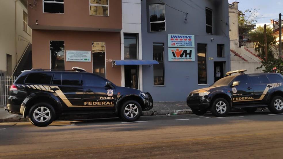 Polícia Federal realiza operação no Sindicato dos Metalúrgicos em Itatiba (SP) — Foto: Rafael Fachim/TV TEM