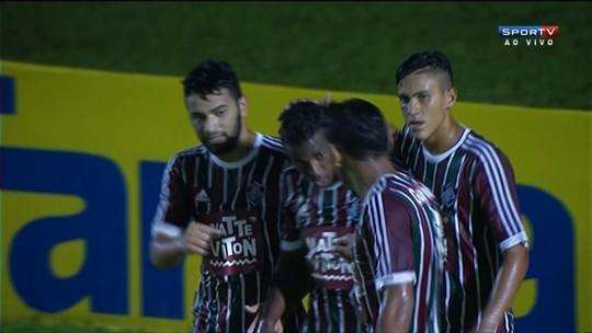 Gol do Fluminense! Íkaro lança para Patrick marcar aos 38 do 2º tempo