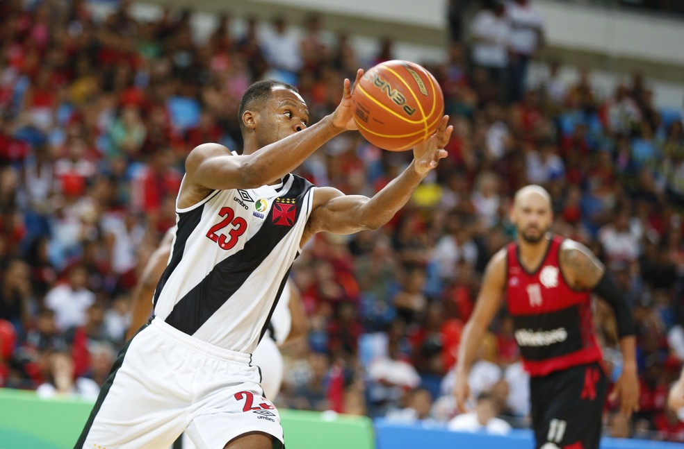 Bial se mostrou animado com rivalidade entre Vasco e Flamengo (Foto: MDJ Fotografia)