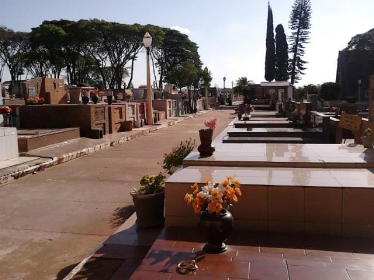Prefeitura abre recadastramento online para concessionários de túmulos em Avaré