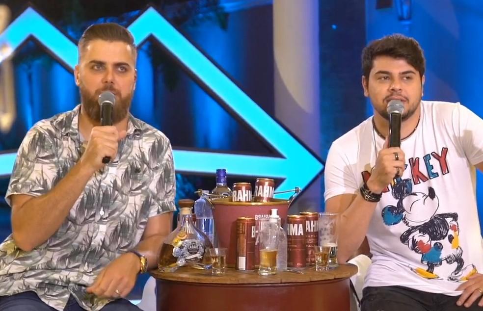 Zé Neto e Cristiano em live realizada em São José do Rio Preto (SP) — Foto: Reprodução/Youtube