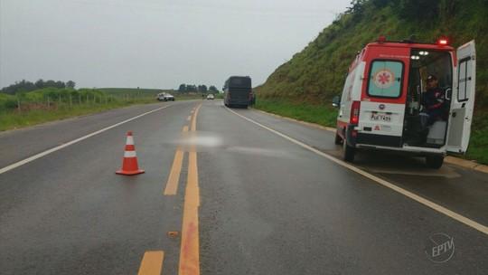 Mulher morre atropelada por ônibus do Exército em Santa Rita do Sapucaí, MG