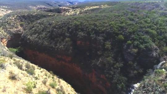 Cânions de Morro do Chapéu (BA) guardam vestígios de gigantes criaturas pré-históricas