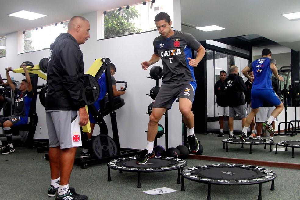 Anderson Martins se reapresentou ao Vasco neste domingo (Foto: Paulo Fernandes/vasco.com.br)