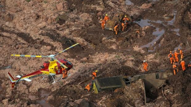 Rompimento da barragem da Vale, em Brumadinho (Foto: REUTERS/Washington Alves/Direitos Reservados, via Agência Brasil)