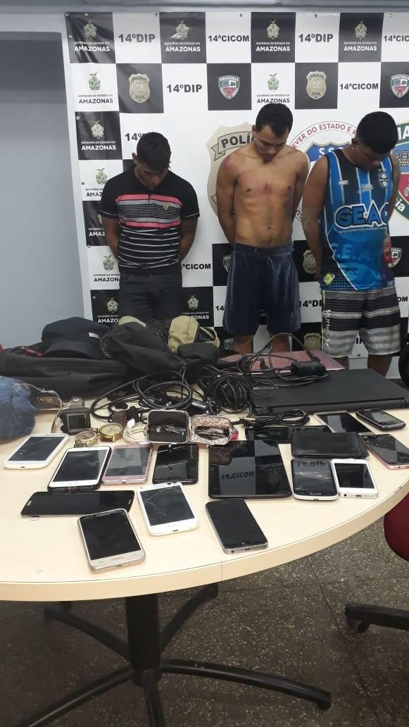 Trio é preso suspeito de roubar aparelhos eletrônicos em Manaus - Noticias