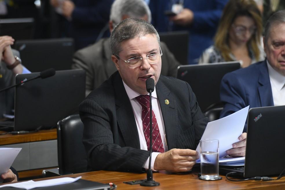 Senador Antonio Anastasia (PSD-MG), relator da PEC do 'orçamento de guerra' — Foto: Marcos Oliveira/Agência Senado