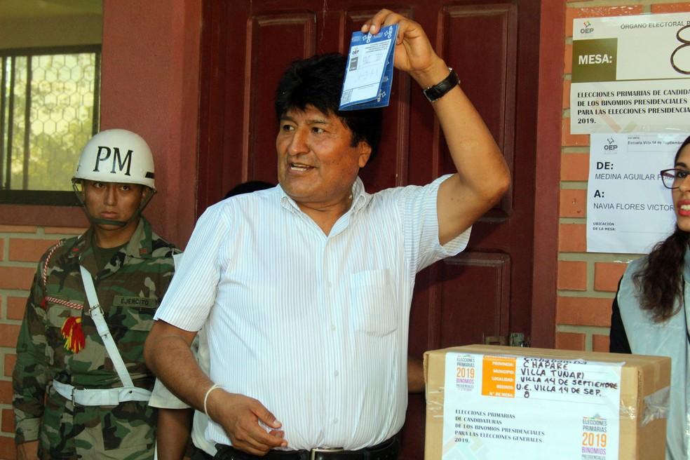 Presidente da Bolívia, Evo Morales, vota em eleições primárias em Chapare, em janeiro — Foto: Courtesy of Bolivian Presidency/ Reuters